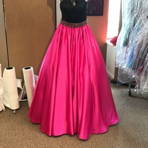Sherri Hill 2 Ball gown prom dress